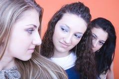 tre kvinnor Arkivfoton