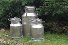 Tre latte del metallo fotografie stock libere da diritti
