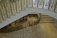 Tre marmortrappa i hotelllobby Royaltyfri Bild