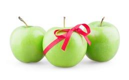 Tre mele con il nastro Fotografia Stock Libera da Diritti