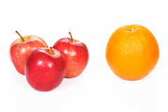 Tre mele ed arance rosse Fotografia Stock Libera da Diritti