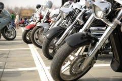 Tre motorcyklar arkivbilder