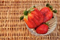 Tre nature morte organiche delle fragole di estate fresca,  Immagine Stock Libera da Diritti