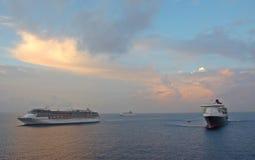 Tre navi da crociera all'alba Fotografia Stock