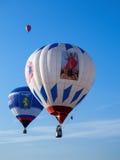 Tre palloni colorati in cielo blu Fotografia Stock Libera da Diritti
