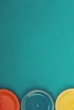 Tre piatti colorati Fotografia Stock