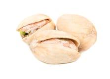 Tre pistacchi salati fotografie stock libere da diritti