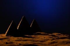 Tre pyramider Royaltyfri Bild