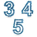 Tre, quattro, cinque cifre fatte con i cubi blu Immagini Stock