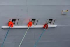 Tre rep in i skeppskrov Arkivbilder