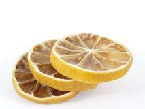 Tre segmenti di un limone Fotografie Stock