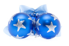 Tre sfere blu di natale con il nastro Fotografia Stock Libera da Diritti