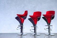 Sgabelli rossi excellent sgabello da bar cucina girevole