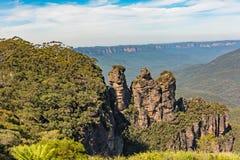 Tre sorelle formazione rocciosa nelle montagne blu parco nazionale, Australia Immagine Stock