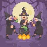 Tre streghe anziane cattive che fanno una pozione Tre sorelle diaboliche Immagine Stock Libera da Diritti