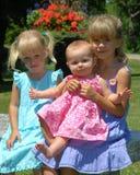 Tre systrar Fotografering för Bildbyråer