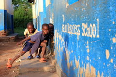 Tre Uganda pojkar Fotografering för Bildbyråer