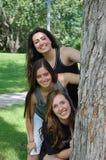 tre unga kvinnor Royaltyfri Foto