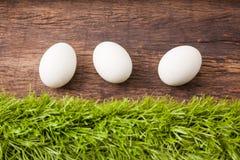 Tre uova di Pasqua bianche Immagini Stock