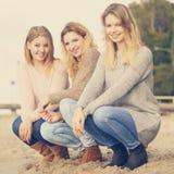 Tre utomhus- trendiga modeller Royaltyfria Bilder