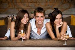 Tre vänner royaltyfri foto