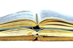 Tre vecchi libri aperti Fotografia Stock
