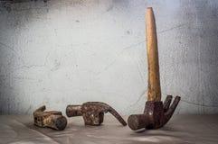 Tre vecchie nature morte del martello Immagine Stock