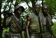 Tre veterani del Vietnam della statua dei meccanici commemorativi Fotografie Stock