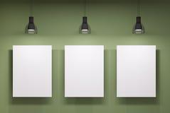 Tre whiteboards över den gröna väggen royaltyfri illustrationer