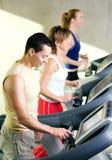 treadmill γυμναστικής στοκ φωτογραφία με δικαίωμα ελεύθερης χρήσης