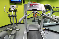 Treadmill στη γυμναστική Στοκ Φωτογραφία