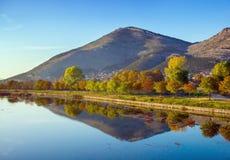 Trebisnjica flod, Bosnien och Hercegovina. Royaltyfria Foton