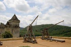 Trebuchets en Castelnaud, Francia Foto de archivo libre de regalías