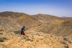 Trecking på Fuerteventura Royaltyfria Foton