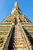 Trede van pagode in de tempel in Thailand Stock Afbeelding