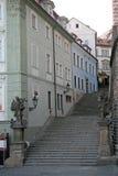 Treden aan het Kasteel van Praag Praag, Tsjechische Republiek Royalty-vrije Stock Afbeelding