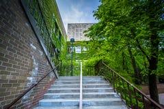 Treden en de bouw van bij Ryerson-Universiteit, in Toronto, Ontario Royalty-vrije Stock Fotografie