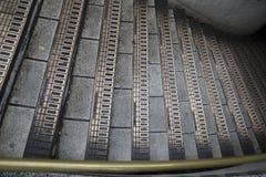 Treden in Londen ondergronds Stock Foto's