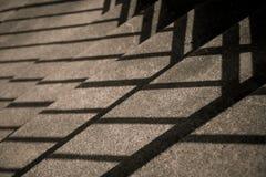 Treden met Diagonale Schaduwen Stock Afbeeldingen