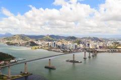 Tredje bro (Terceira Ponte), sikt av Vitoria, Vila Velha, Espi Royaltyfria Bilder