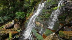 Tredje vattenfall på Shays körningsögla arkivfilmer