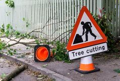 Tree cutting sign horisontal Royalty Free Stock Photos