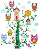 Tree för Owl` s vektor illustrationer