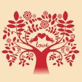 Tree med duvor och förälskelsemeddelandet Arkivfoto
