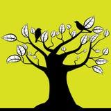 Tree och fågel Royaltyfri Foto