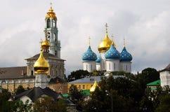 Treenighet Sergius Lavra i Ryssland Arkivfoto