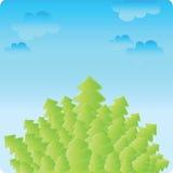 Trees med skyen Arkivfoto