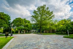 Trees and open space at Loyola University Maryland, in Baltimore, Maryland.  royalty free stock photos