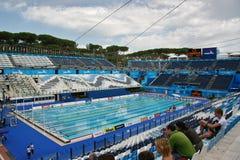 Tref aan het Zwemmen voorbereidingen Royalty-vrije Stock Afbeelding