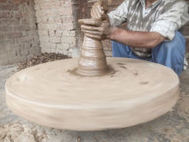 Tref voor aardewerkpotten voorbereidingen Royalty-vrije Stock Fotografie